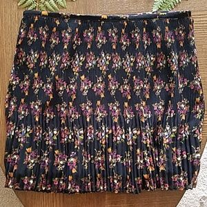 Madewell accordion pleat skirt in mountain floral